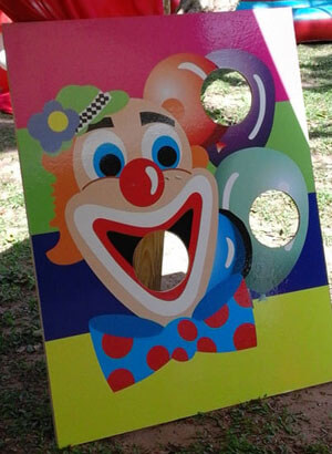 Clown Stand